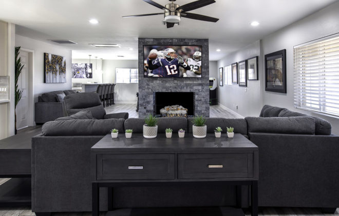 Mike Livingroom 2