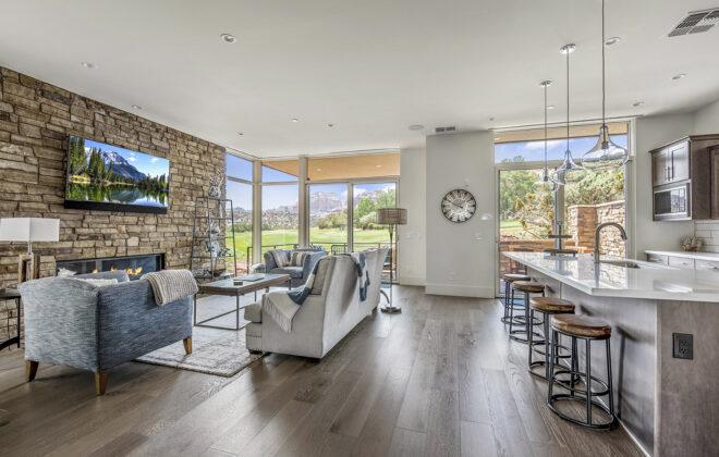 laura living room 3